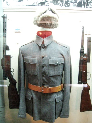 museum guard uniforms