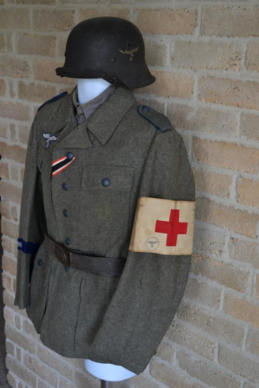 HG for M43 - Setup  look old New tunic- an Germany Medical