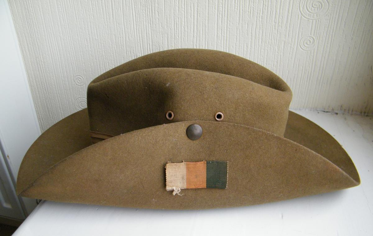 031040a47d6 Welch Regiment WW2 Slouch hat - Great Britain  Militaria  Badges ...