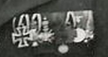 Luftwaffe_Offz___wahrsch_Maj__E____mit_wohl_HHOX_WF_Sax_Mein___Vorkrieg2.jpg