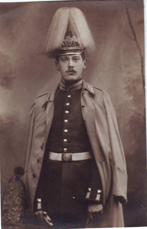 1.Garde-Rgt.z.F._(Grenadiermütze).thumb
