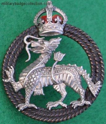 KK 1964, qc The Royal Berkshire Regiment, beret badge, silver, 32 x 38mm  (1).JPG
