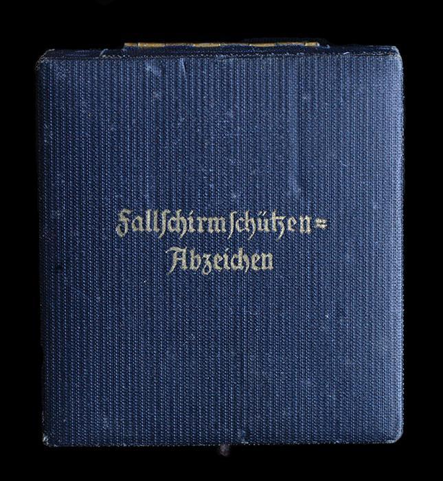Fallschirmjäger Abzeichen