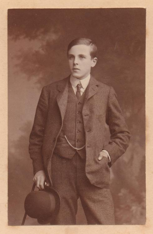 Cecil George 'Choppy' Leslie age c18 1897.JPG