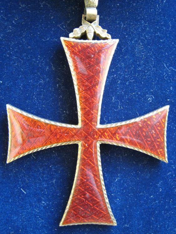 PR09 Order of Infante Dom Henrique, 3rd Class (Commander), Neck badge 2 .JPG