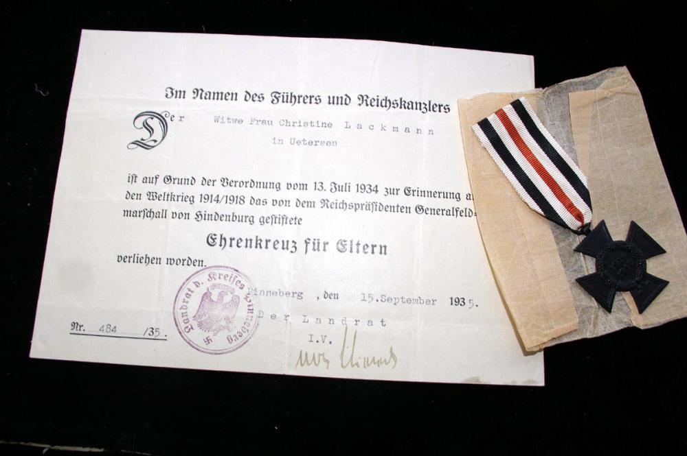 ehrenkreuz eltern 2.JPG