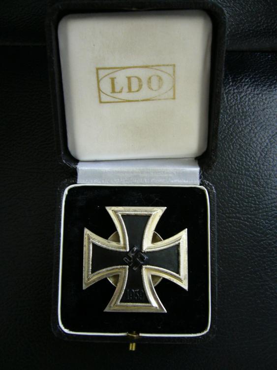Medals 001.jpg
