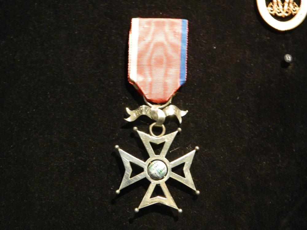 world medal.jpg