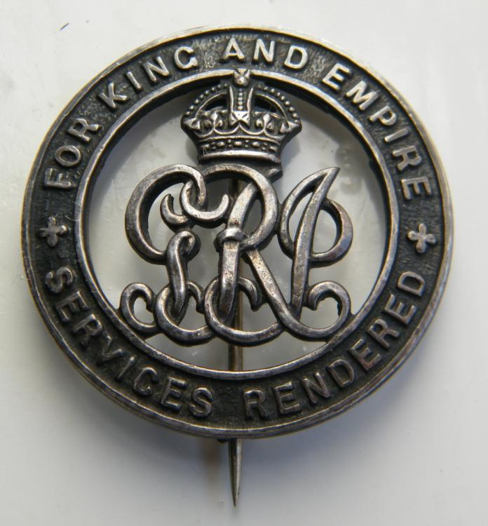 J. Constantine 2nd RWF silver war badge.jpg
