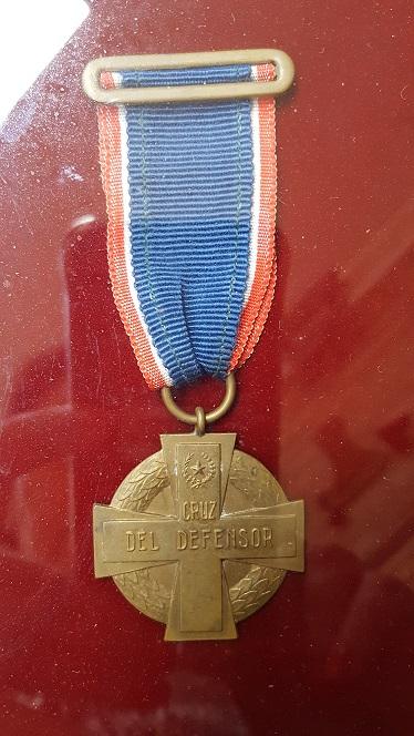 Paraguay Cruz del Defensor in frame.jpg