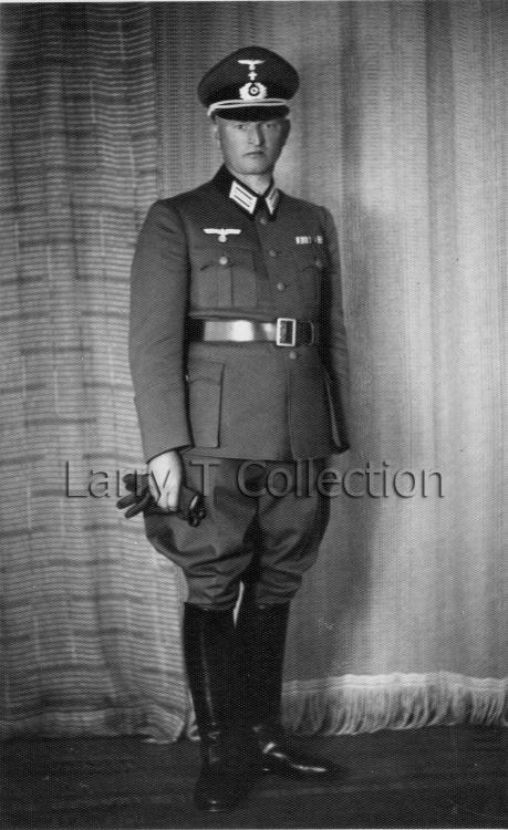Wehrmachtkriegspfarrer (Chaplain).jpg