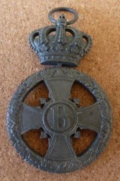 Saxe-M Cross for Merit In War (zinc--mine) F.jpg