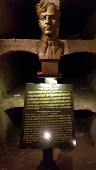 58cebf2f23750_Heydrich-AnthropoidSs.CyrilandMethodiusCathedral(28).jpg.171768ad8e002572c5756652ed0dfebf.jpg