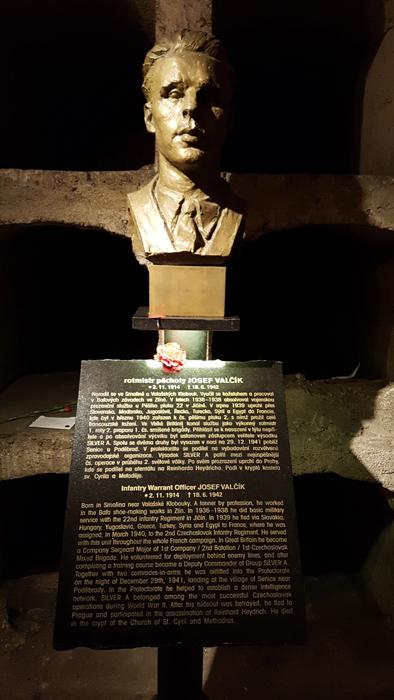 58cebf3221a9d_Heydrich-AnthropoidSs.CyrilandMethodiusCathedral(29).jpg.b746471374c5972a2664b08b31fc32d2.jpg