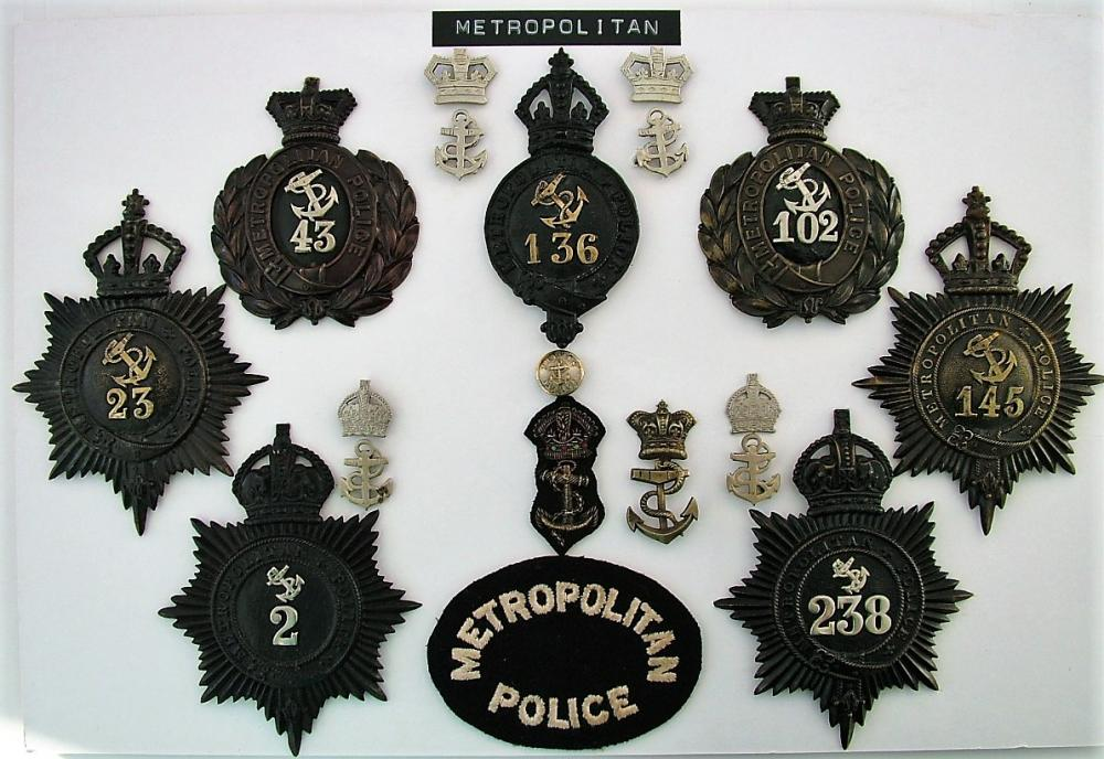 Metpol. Badges 2..JPG