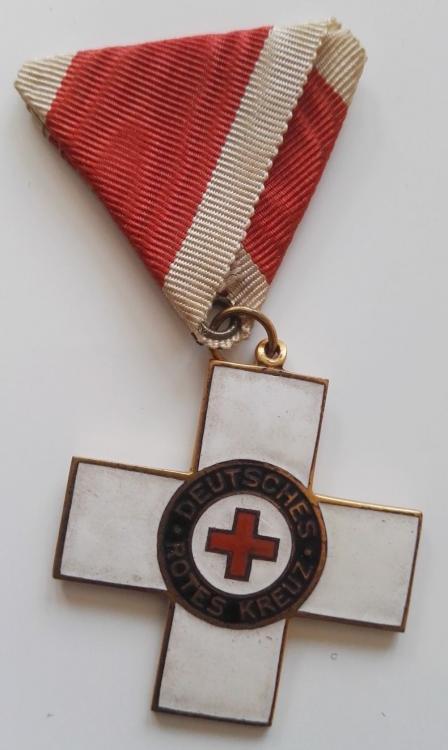 (WEIMARER REPUBLIK) Ehrenzeichen vom Roten Kreuz, 1. Modell, II Klasse),  (1).jpg