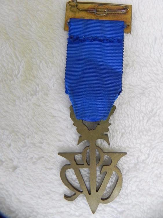 medalha-olimpica-v-D_NQ_NP_864815-MLB25298952953_012017-F.thumb.jpg.5426cc15e721cdbc1b072103a19ba24e.jpg