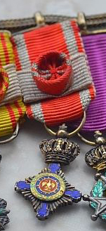 Romania Order Miniature Obverse.jpg