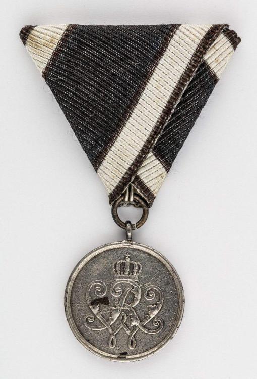 Prussian Krieger Verdienst  Medal (1).jpg