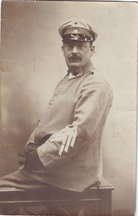 Zugführer, Freiwillige Krankenpflege.JPG