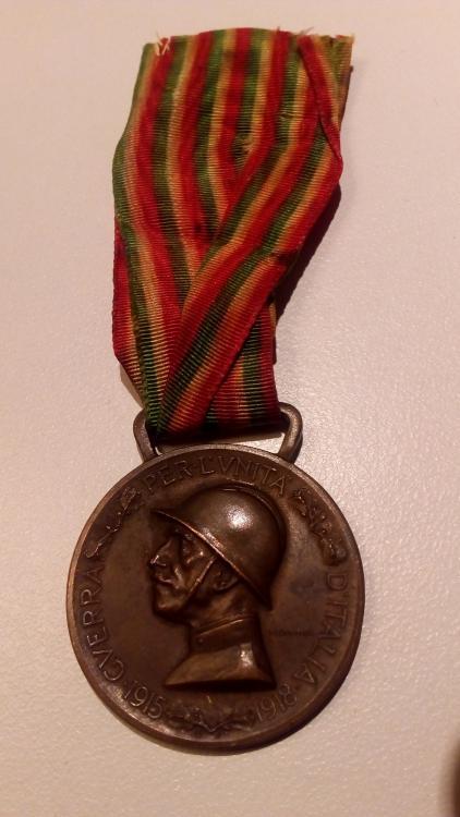 ITALIA -Guerra per l'unità d'Italia 1915,1918- retro.jpg