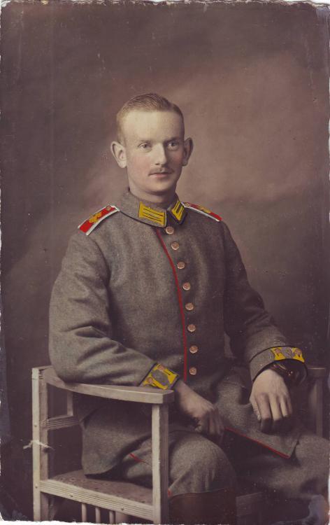 1.Garde-Feldart.Rgt. (nachkoloriert).JPG