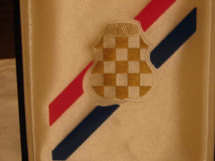 orden-1992-1995-republika-hrvatska-herceg-bosna-slika-47072858.jpg
