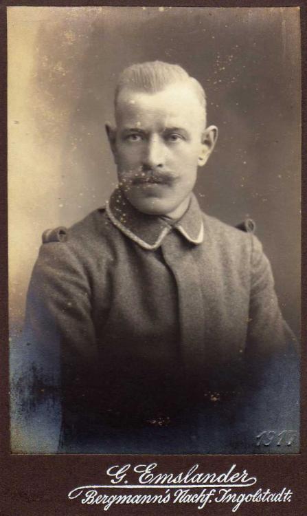 Soldatenfoto aus Ingolstadt 1917 (2).JPG