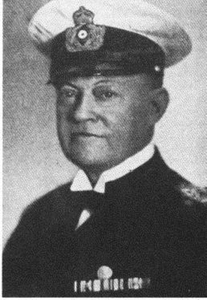 Hintzmann, Ernst - Konteradmiral.jpg