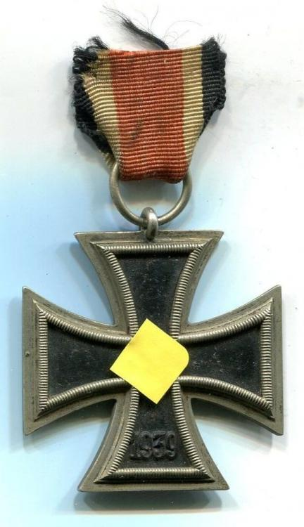 Eisernes Kreuz 2.Klasse Regular Schinkel Intermedia Version (1).jpg
