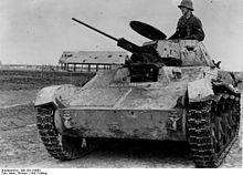 220px-Bundesarchiv_Bild_183-J19893,_Russland,_Cholm_russischer_Beutepanzer.jpg