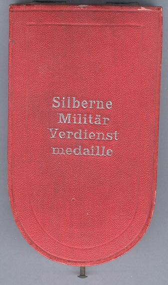 0058-SMVM KK Krieg + Schw + 1 WH Etui.jpg