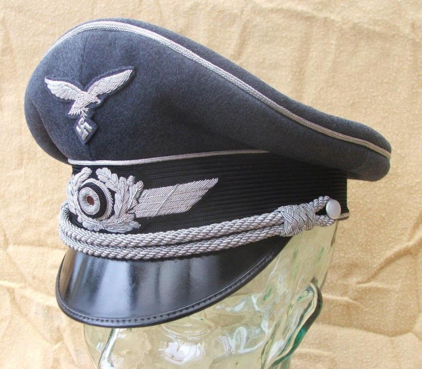 Luftwaffe visor caps 003.jpg