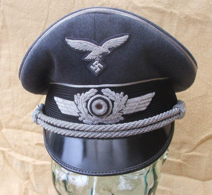 Luftwaffe visor caps 005.jpg