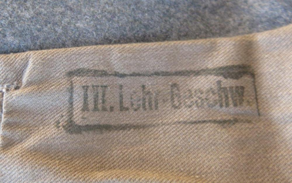 Luftwaffe Ogef. LG1 4 pocket tunic 016.jpg