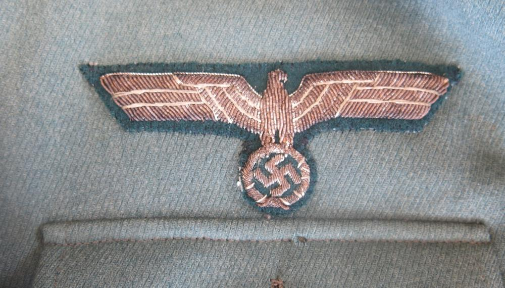 Panzer-Aufklärungs-Abteilung 9 tunic 004.JPG