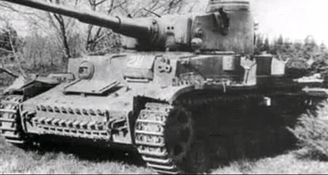 -fake-Pz.VI_with_Tiger_turret.jpg