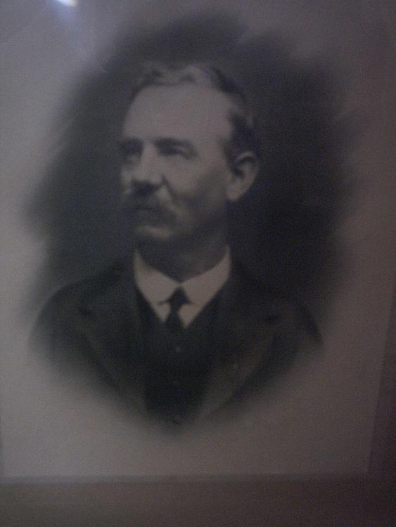 Arthur FROST portrait.jpg