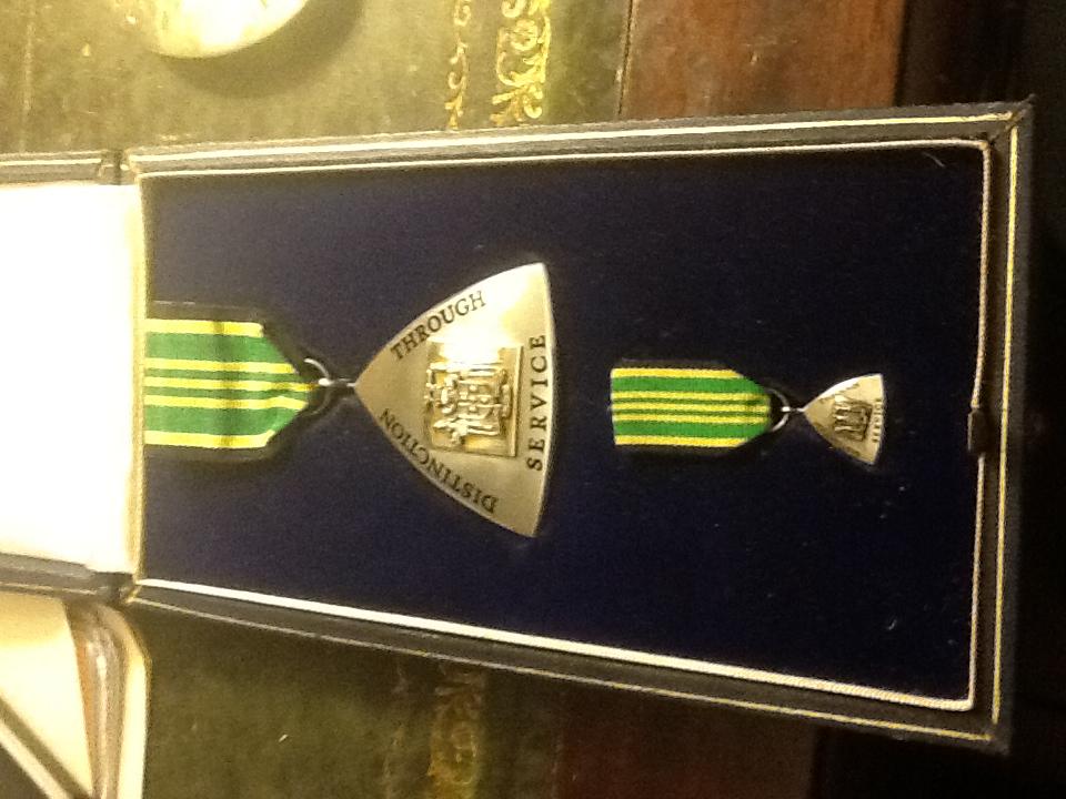 Jamaica Order of Distinction Officer obverse.jpeg