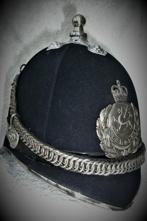 Glam officer helmet 1.jpg