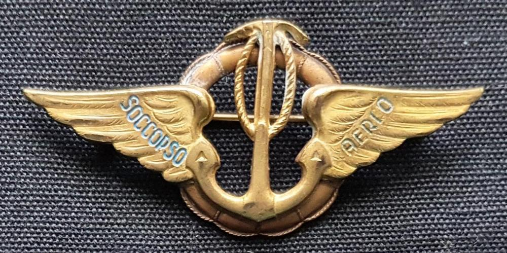 Italian Miniatures Badge Detail.jpg
