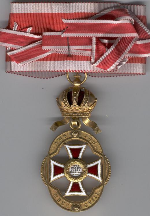 0073 Amtsabzeichen für Beamte des Leopolds-Ordens revers.jpg