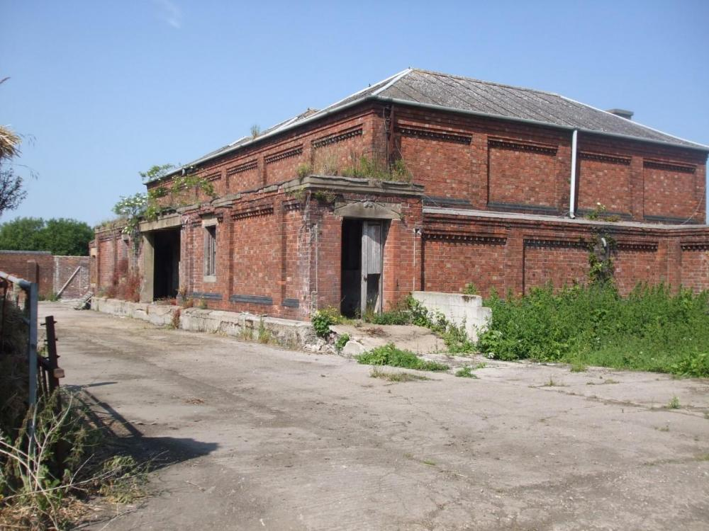 powder magazine Barlby.jpg