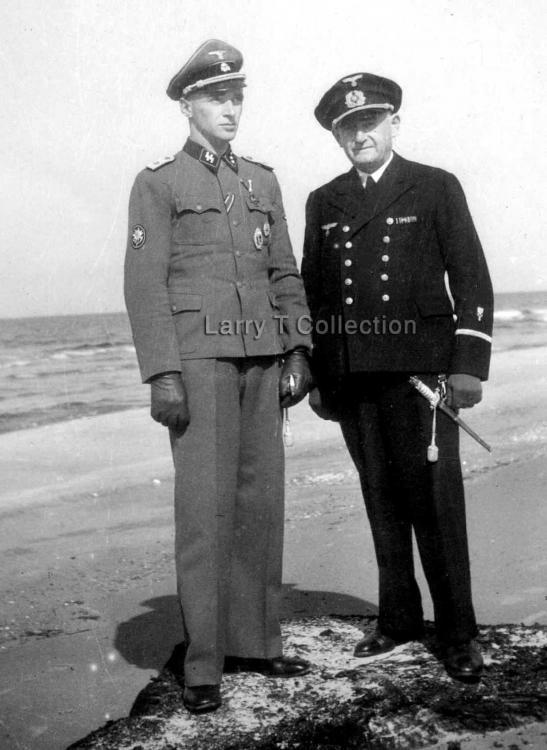 SS-Gebirgjager Prinz Eugen & KM Beamten.jpg