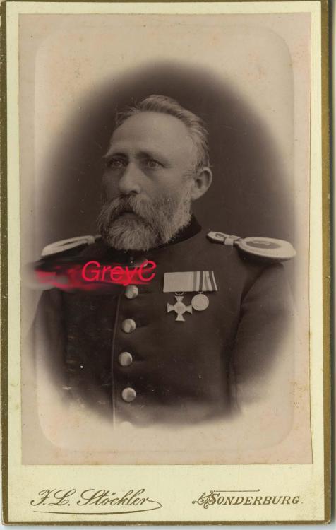 1883628111_xx1870_Offizier_Sonderburg_Atelier_Stockler_F_Liesau.thumb.jpg.bccbafe24e4caa162ddd5806c6fc6c36.jpg