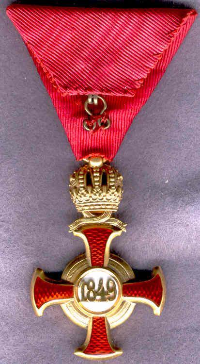 0011-Goldenes Verdienstkreuz+Krone-revers.jpg