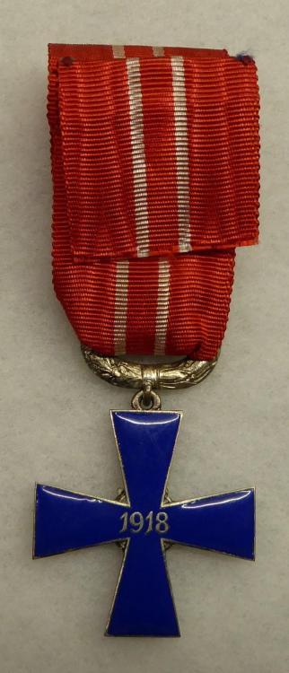 VR4 KA 1918 Back.JPG