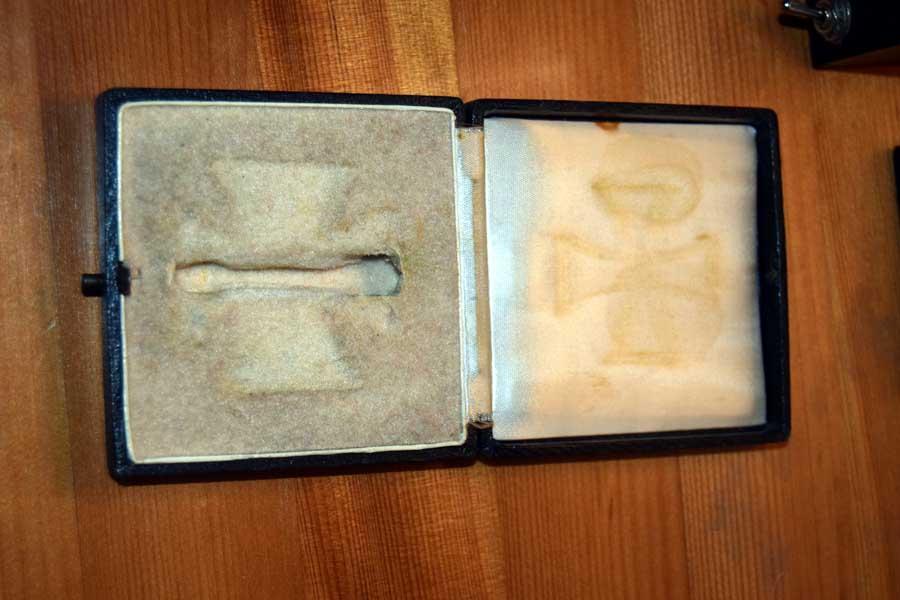case 2.JPG