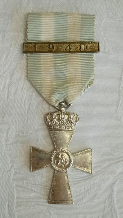 Greece-Cross of Valour-3rd Class-O-D112.jpg