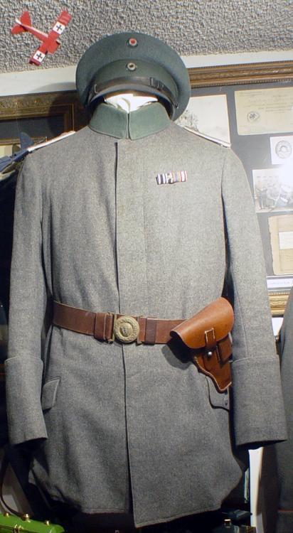 M15_officer's_bluse_BA.jpg